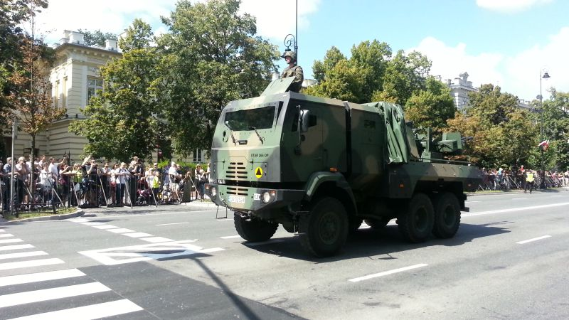 2016 Land Rover >> Strefa Cichego - modele wojskowe, czołgi, broń pancerna, opowiadania, Land Rover